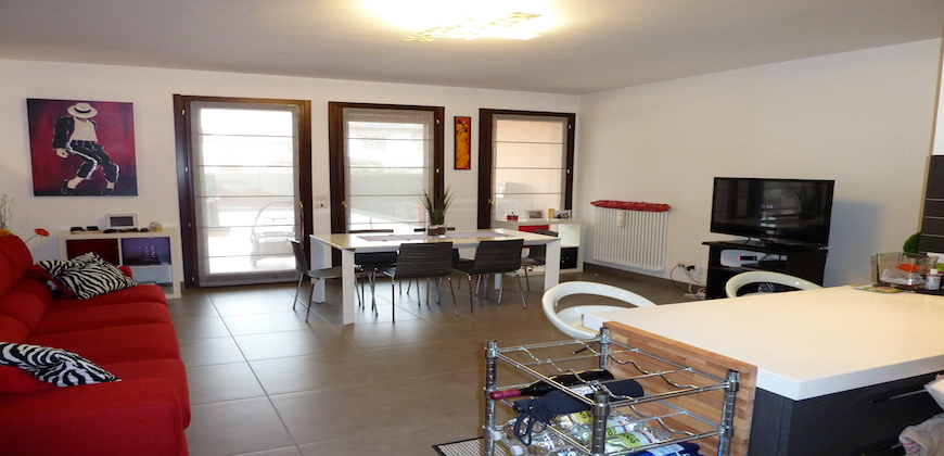 Rif. 204 Appartamento a Tombelle