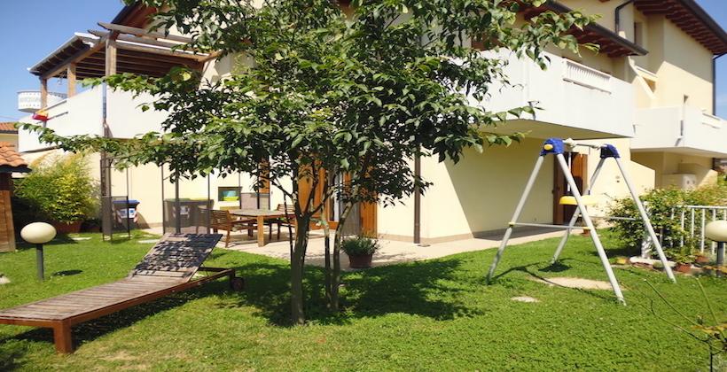 Rif. 211 Appartamento indipendente con giardino