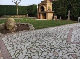 Rif. 238 Appartamento con giardino a Campolongo