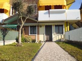 Rif. 215 Appartamento con giardino a Tombelle