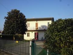 Rif. 1002 Casa singola a Vigonovo con terreno agricolo
