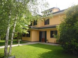 RIF. 995 Villa singola con giardino