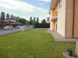 Rif. 073 Porzione di bifamiliare con giardino a Vigonovo Centro