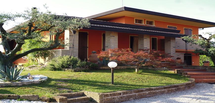 Rif. 1044 Villa a Camponogara