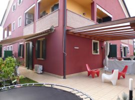 Rif. 1066 Appartamento con giardino a Vigonovo