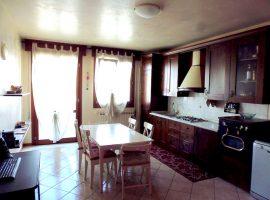 Rif. 1113 Appartamento con terrazza a Bojon