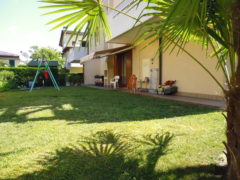 Rif. 1174 Appartamento con giardino a Fossò